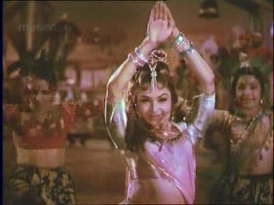 Sunehri Nagin_Snake dance