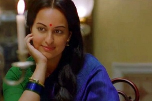 lootera-Sonakshi as Pakhi