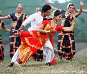 chennai-express-Deepika and SRK dance