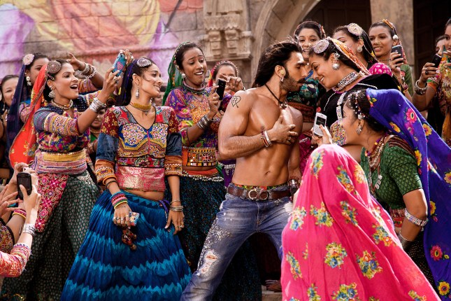 Ram Leela everyone needs a smartphone