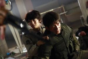 library-wars-Okada and Eikura