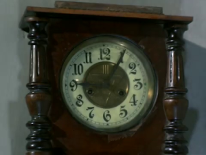 Bawarchi - clock