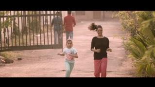 deepa-and-miya-running