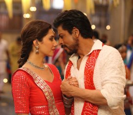 raees-srk-and-mahira