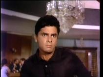 Dus Lakh-Kishore emoting